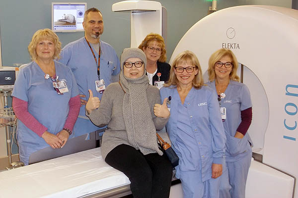15000th Gamma Knife patient with staff